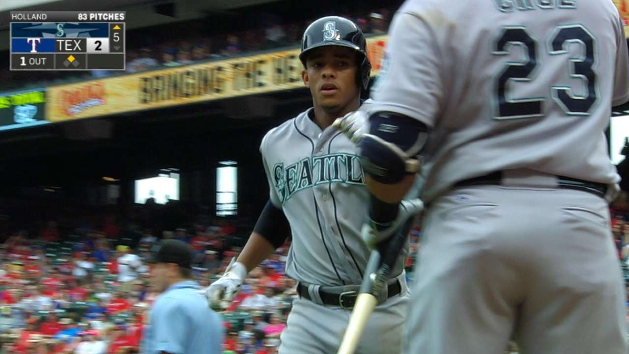 Felix wins 18th as Seattle powers past Texas