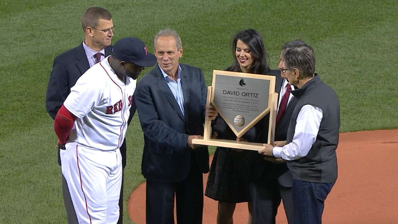 Ortiz honored at Fenway for 500th homer