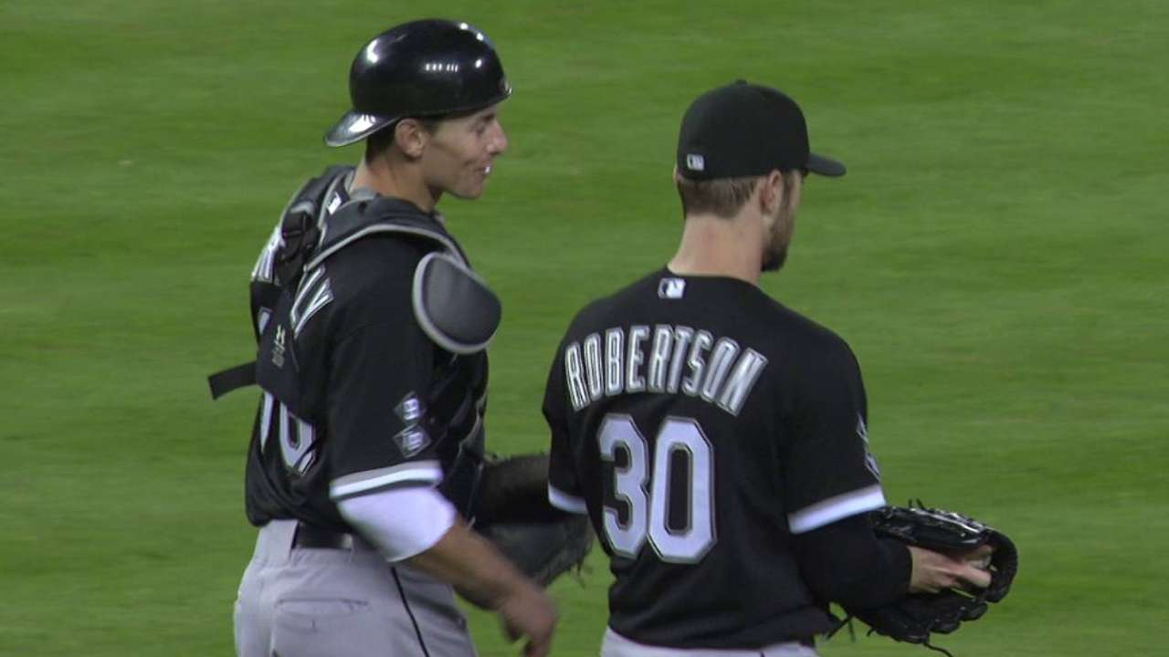 Robertson earns the save