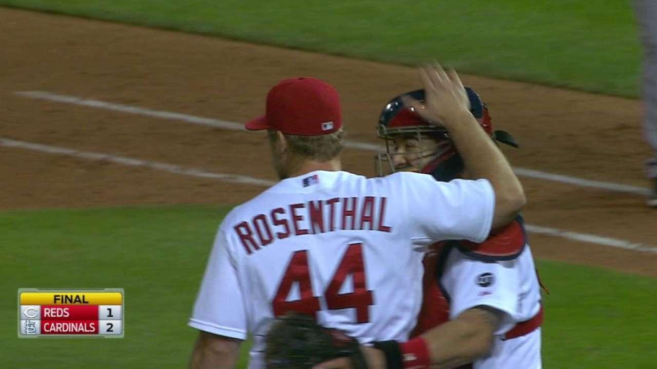 Rosenthal equals Cards' season saves mark