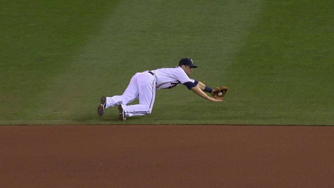 Dozier among finalists for Gold Glove Award