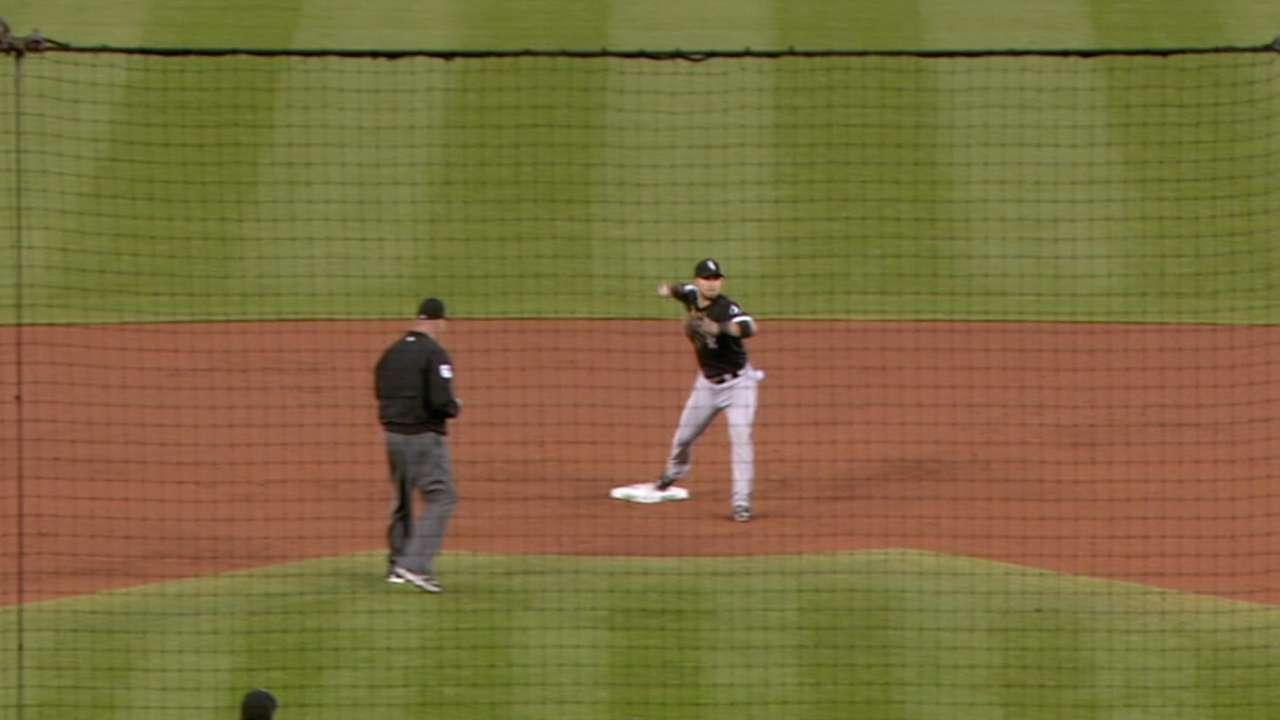 White Sox turn three DPs