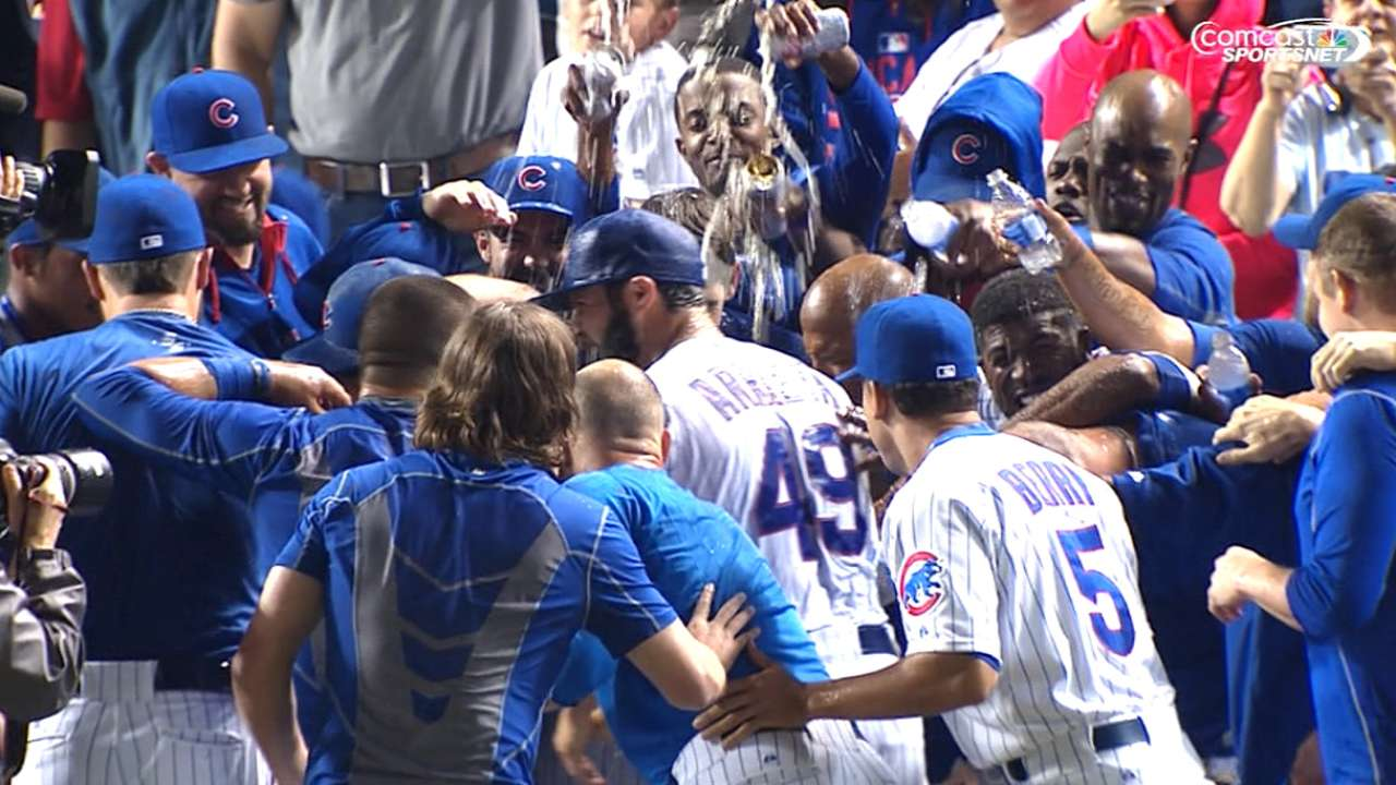 Arrieta pitches his way into record books