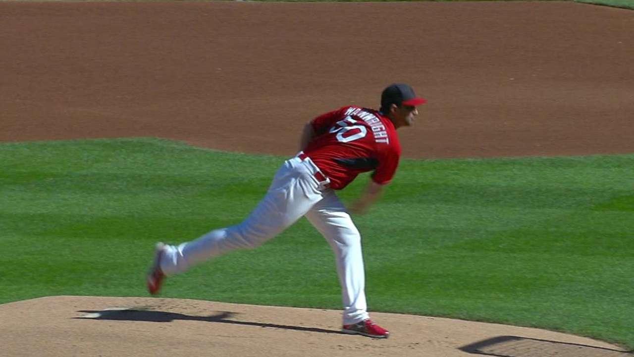 Wainwright faces hitters in next step toward return