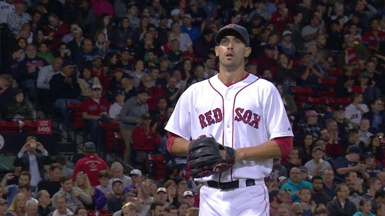 Porcello leaves a pair stranded