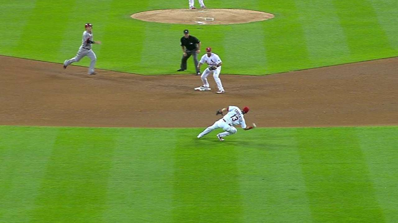Votto's strange infield single