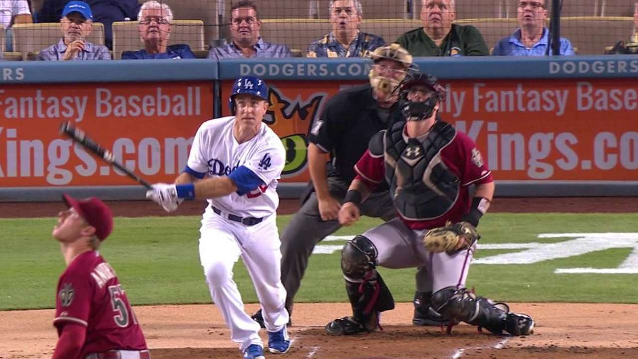 Utley making the most of his chance in L.A.