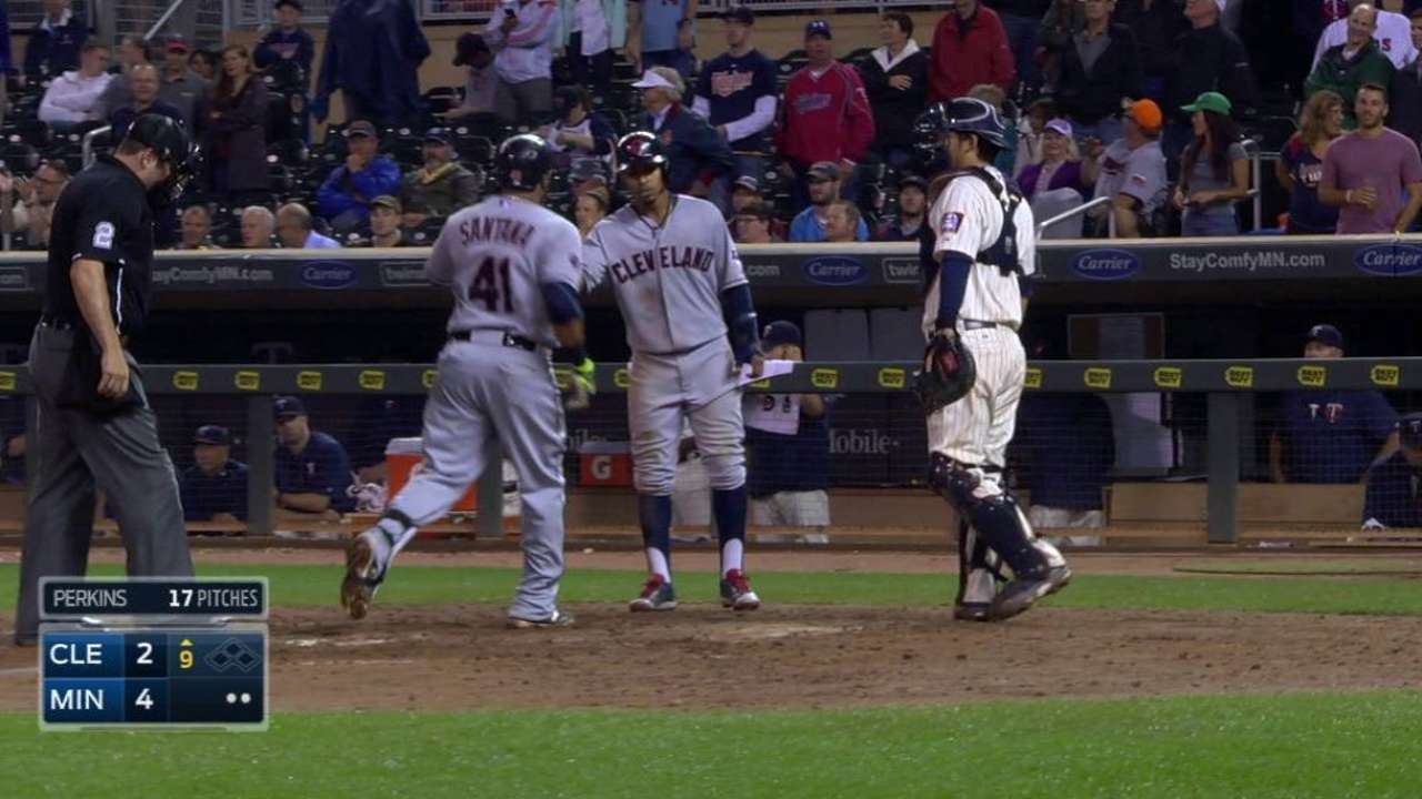 Santana's two-run shot