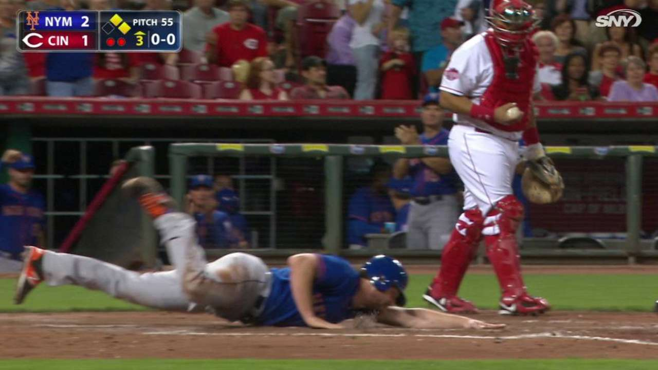 Duda's two-out RBI double