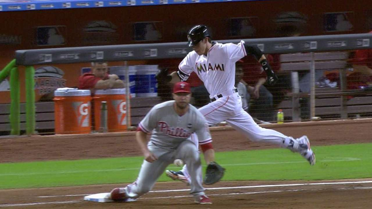 Yelich is safe after challenge