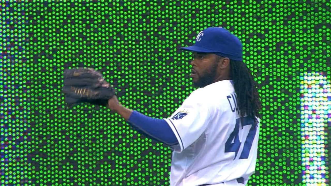 Cueto's seven solid innings