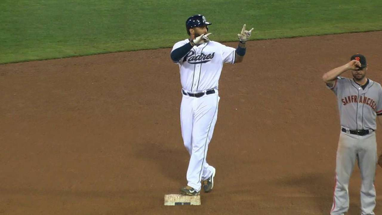 Kemp's game-tying double