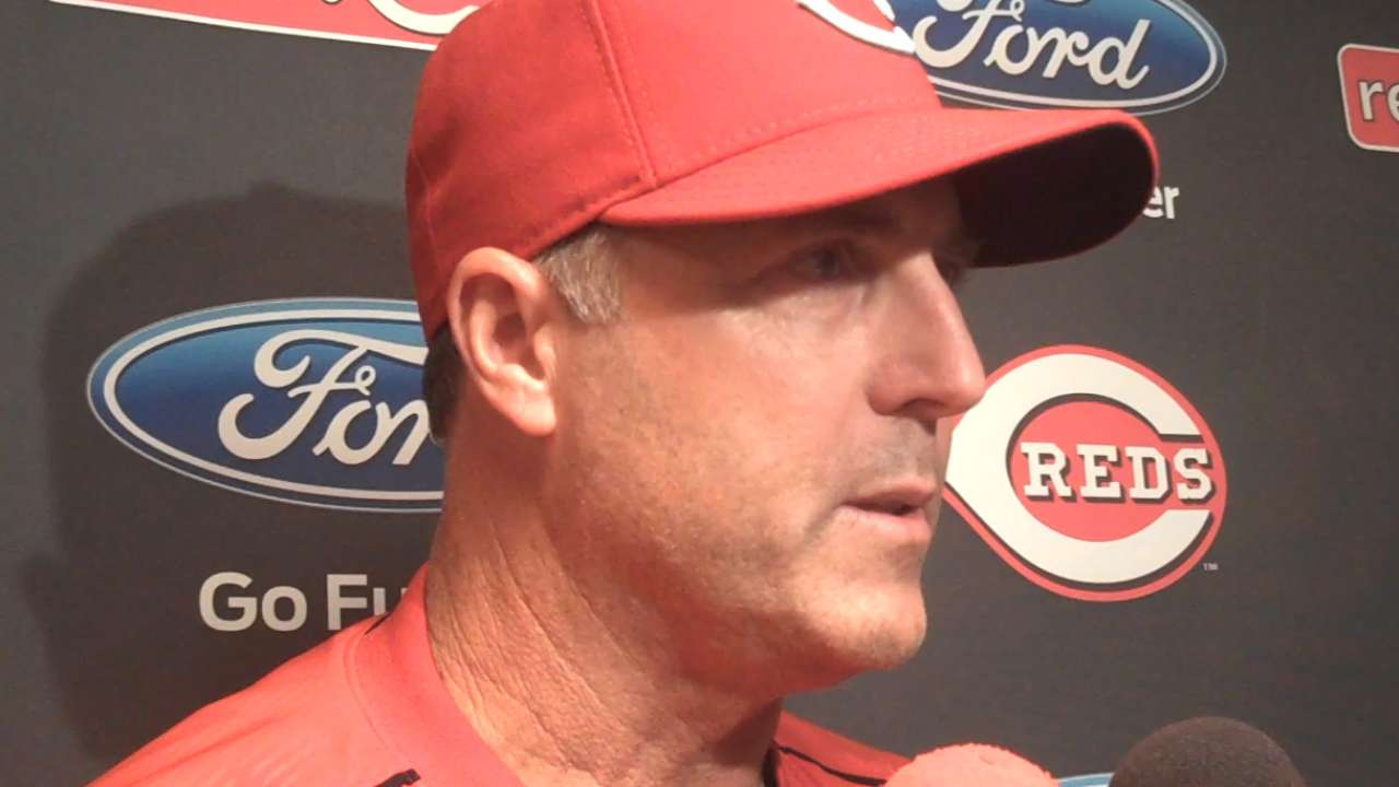 Middle relief has been a challenge for Reds in '15