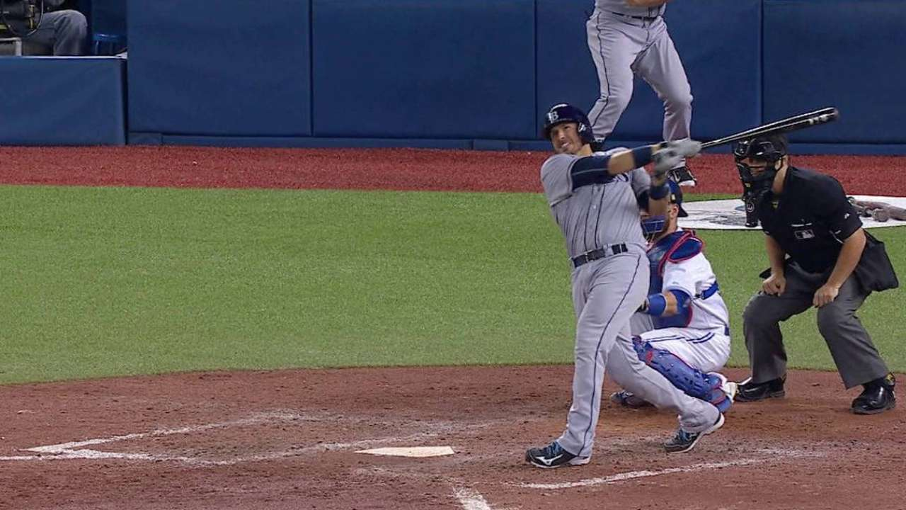 Arencibia shows former club he still has pop