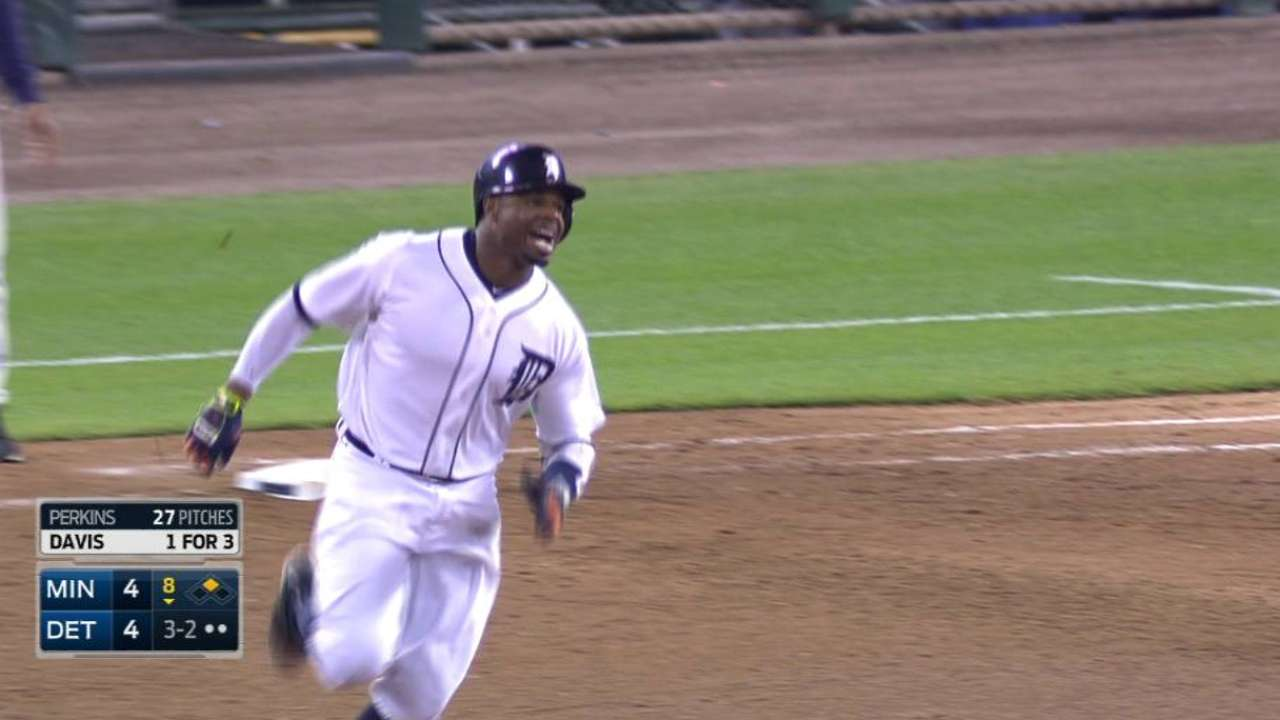 Rajai delivers; Twins unable to pick up ground