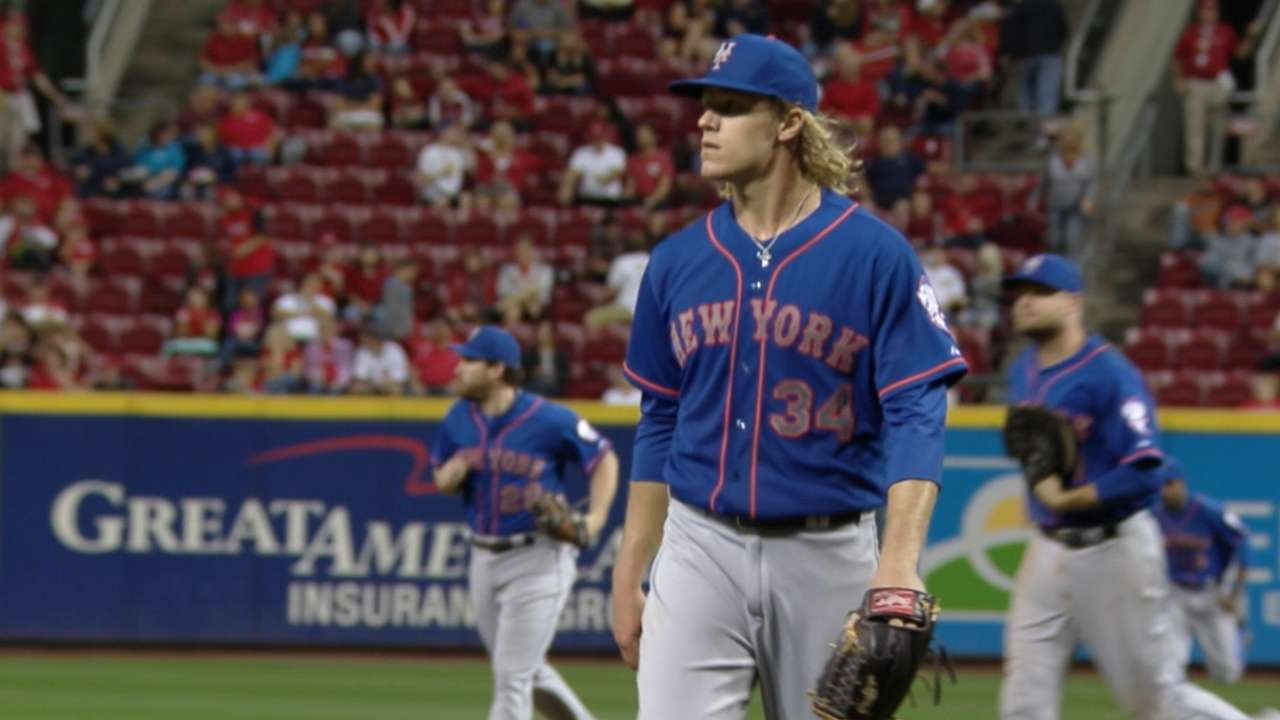 Syndergaard fans 11 in win