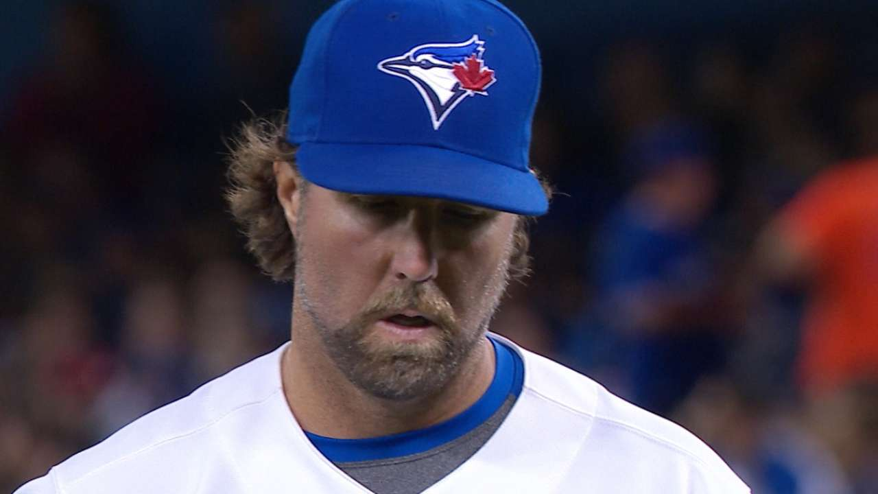 100th career win a 'poetic' moment for Dickey
