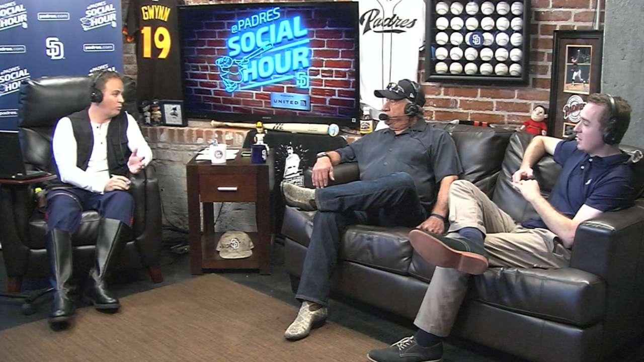 9/26/15: Padres Social Hour