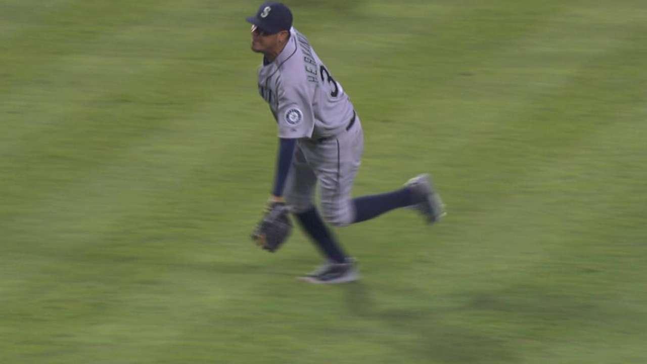 Felix's nice glove flip