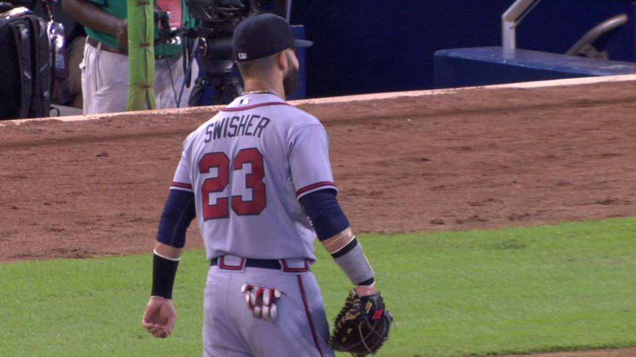 Freeman exits game early