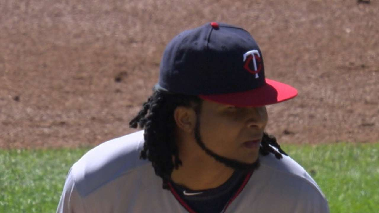 Santana helps put Twins in good position
