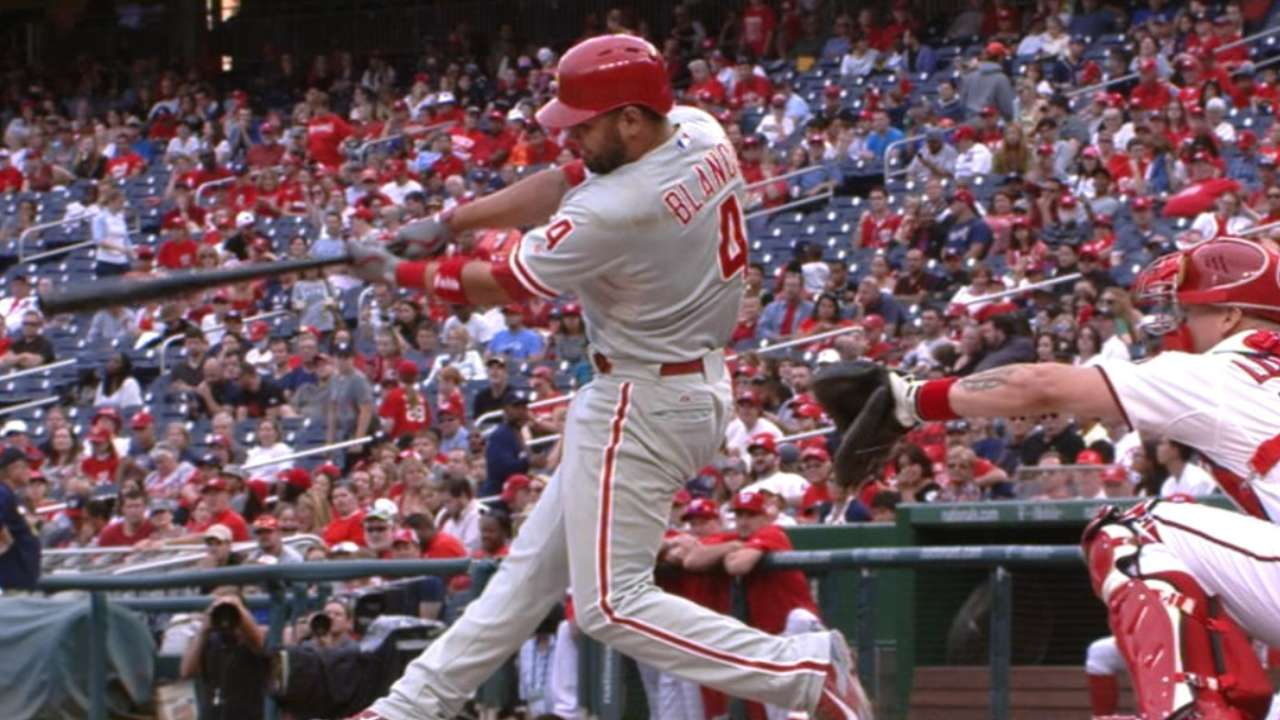 Phillies rally with 8-run 9th to thump Nats