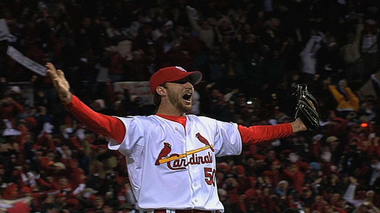 Wainwright closes out Series