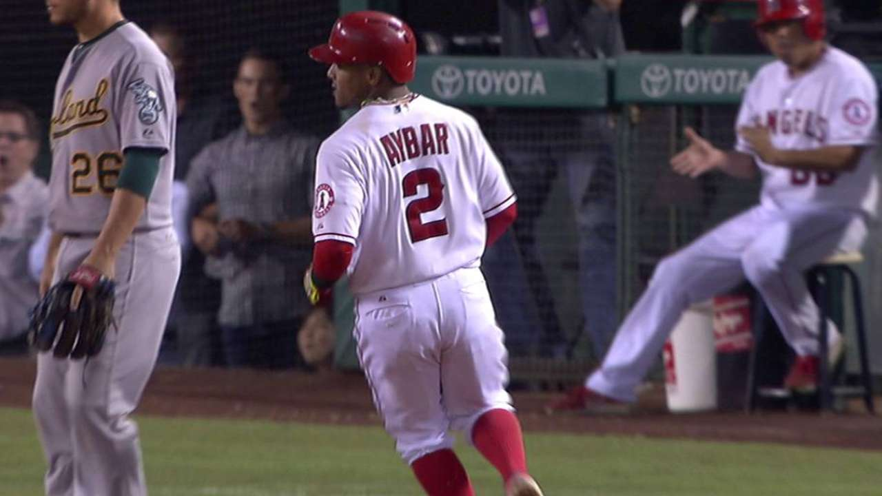Halos win 7th straight, lead 2nd Wild Card