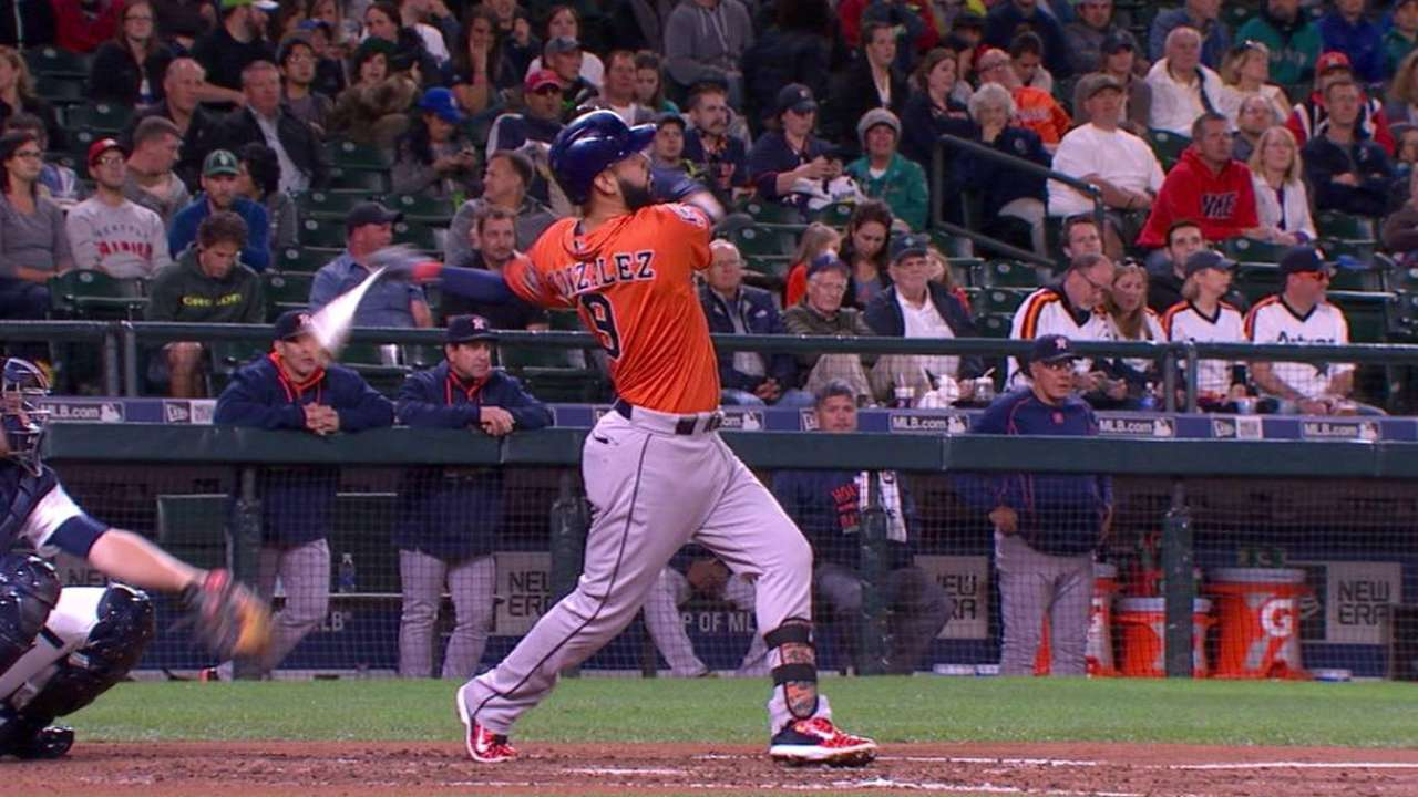 Marwin carries historic homer streak into 2016
