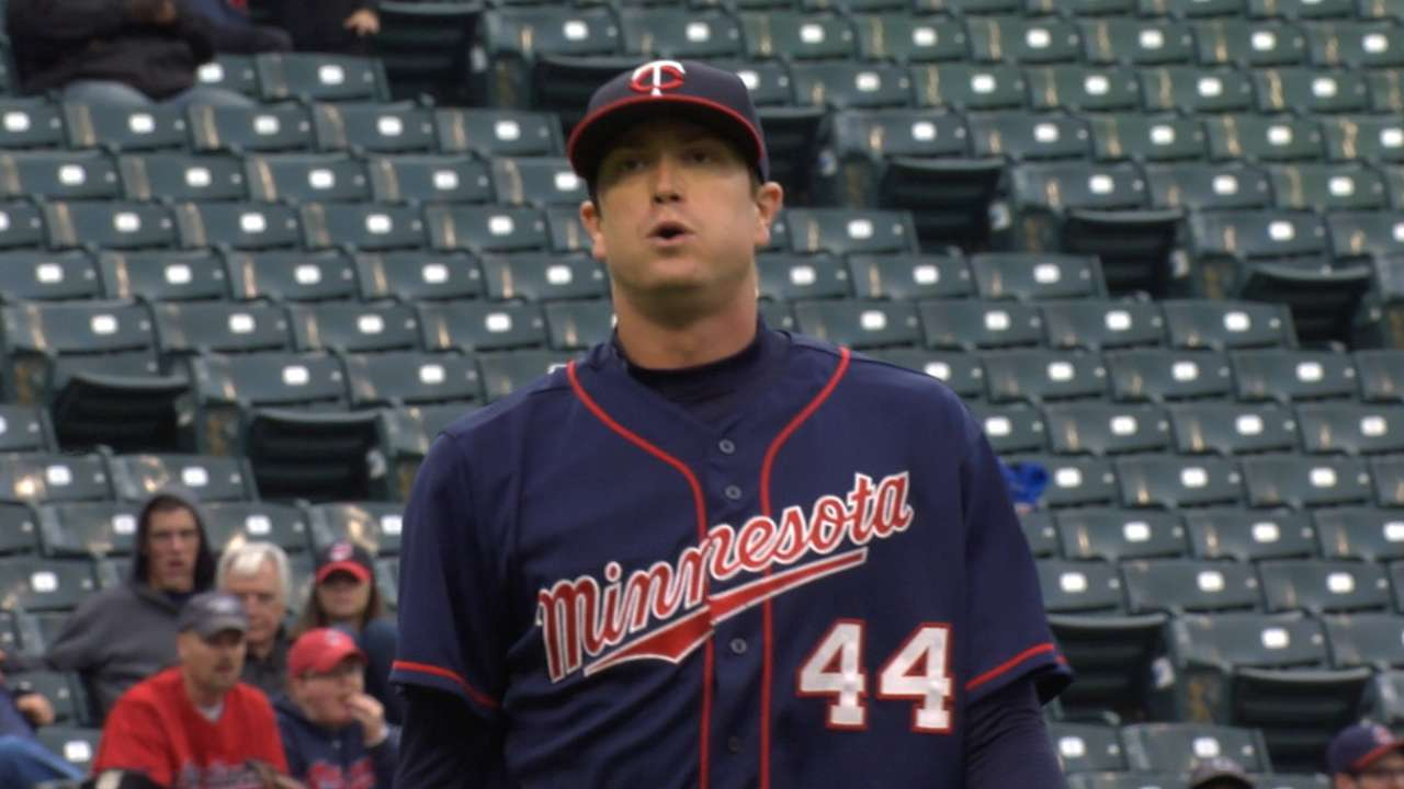 Gibson fans 9 to give Twins big boost