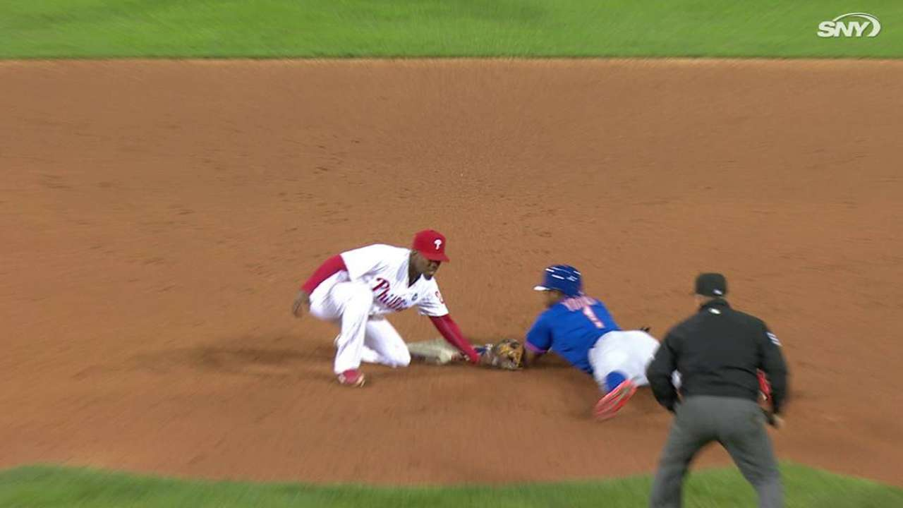 Young Jr. steals base, stands