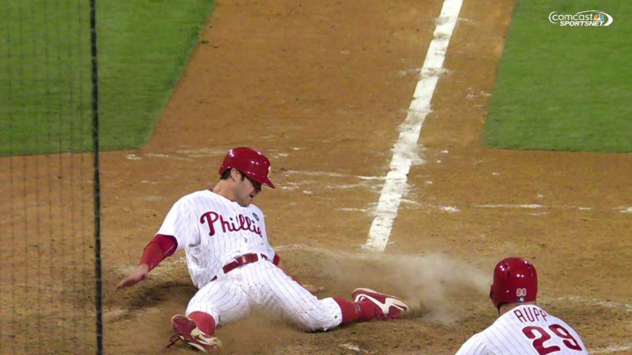 Mets squander 5-run lead as Phillies rally