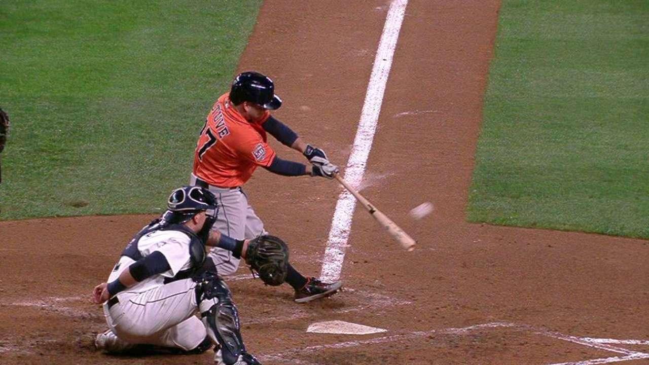 Astros superan a Marineros y recuperan un comodín