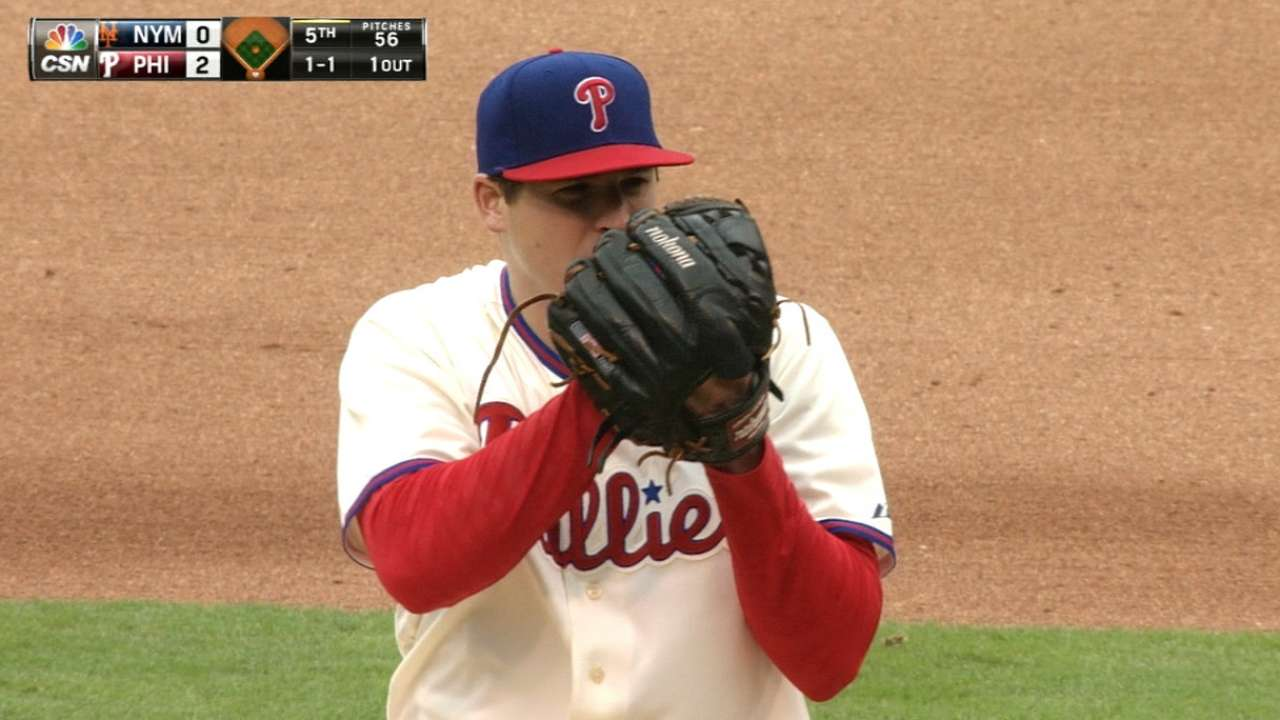 Phils' Eickhoff suffers fracture in right thumb