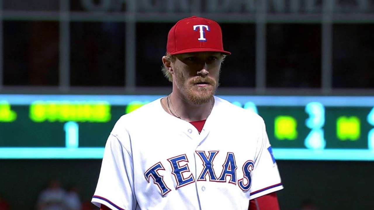Rangers avoid arbitration with Diekman