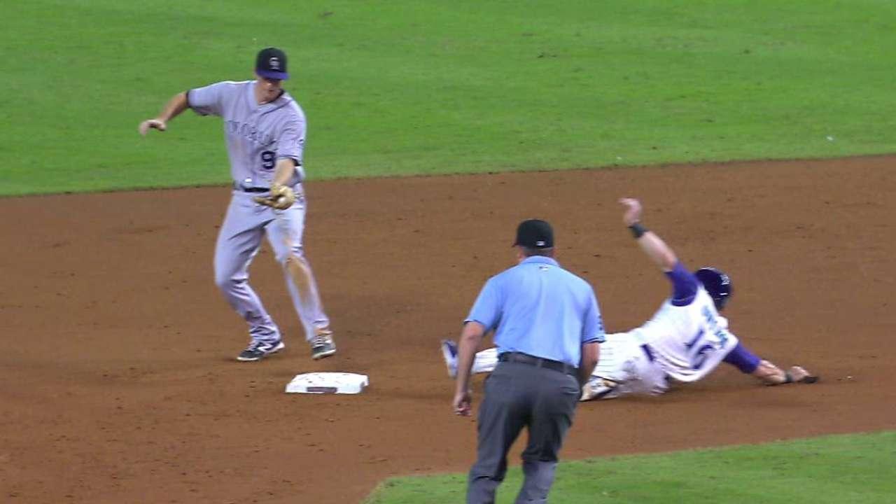 Reyes nabs Owings at second