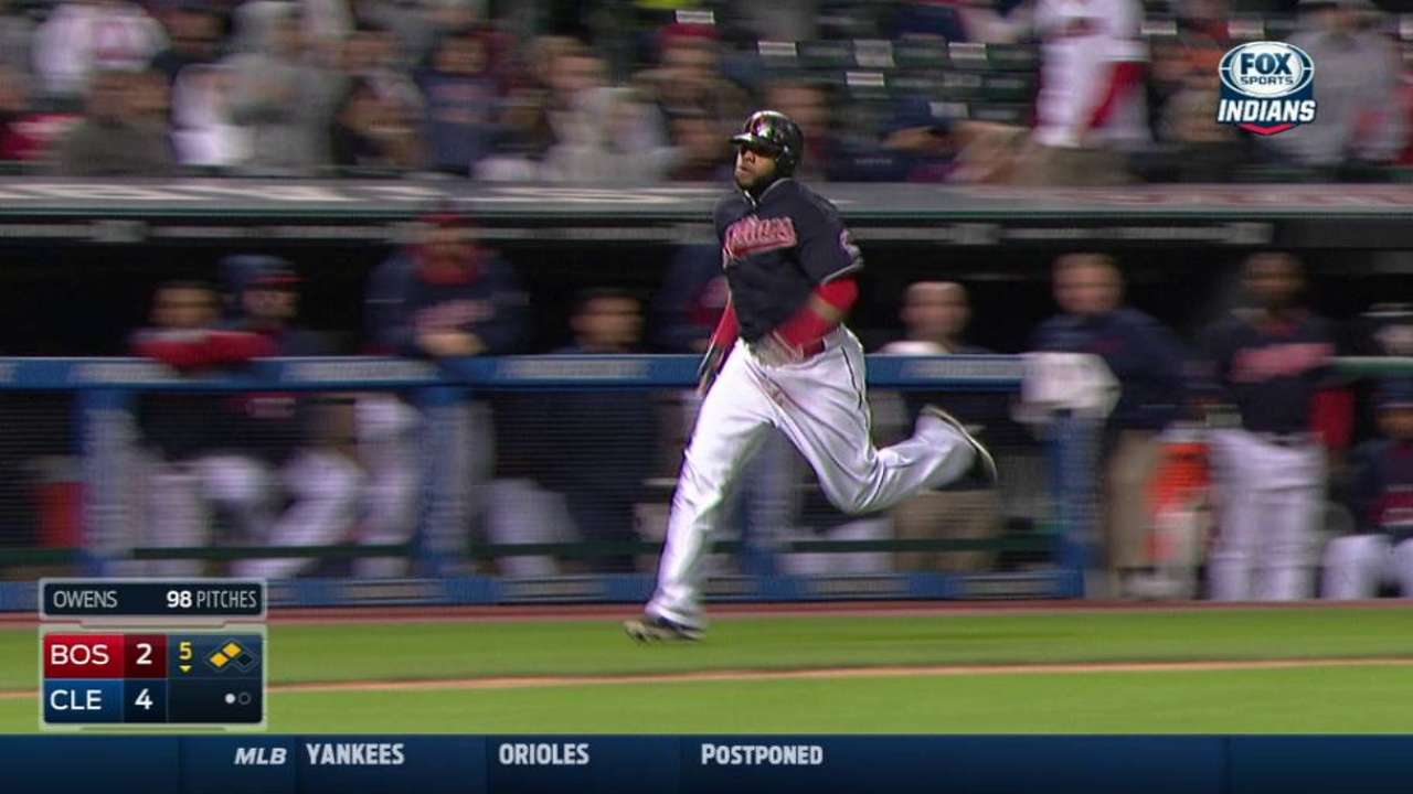 Gomes' RBI double off the wall