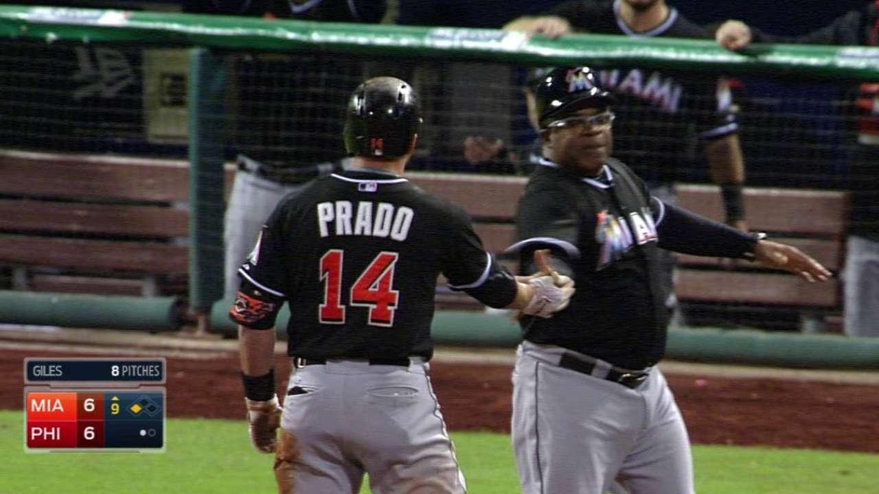 Prado's RBI triple