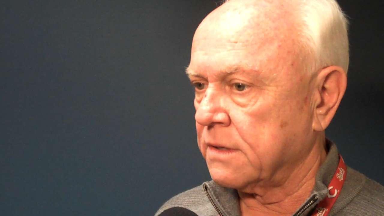 Price to return as Reds' manager next season