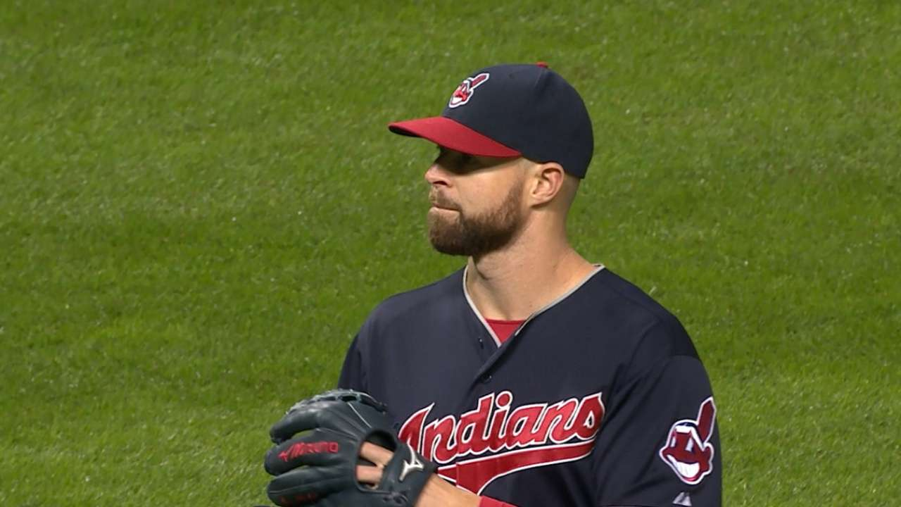 Tribe clubs 2 HRs to back Kluber's gem