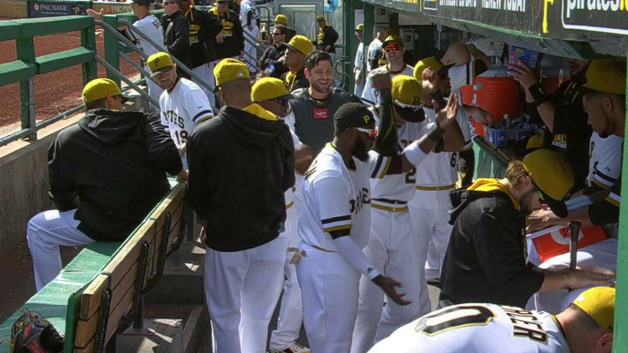 Pirates show off dance moves
