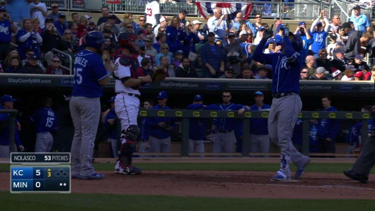 Royals clinch home-field advantage in AL