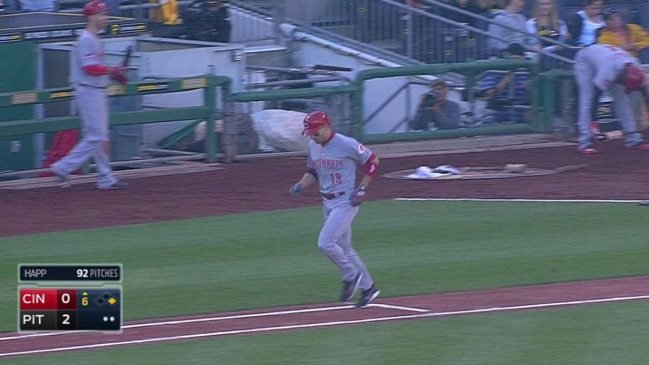 Votto earns 13-pitch walk