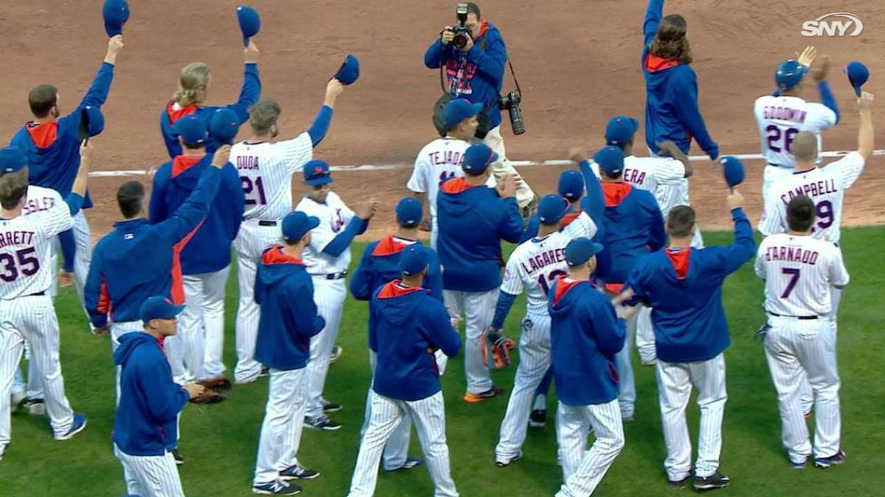 Mets salute fans after 90th win, ready for NLDS