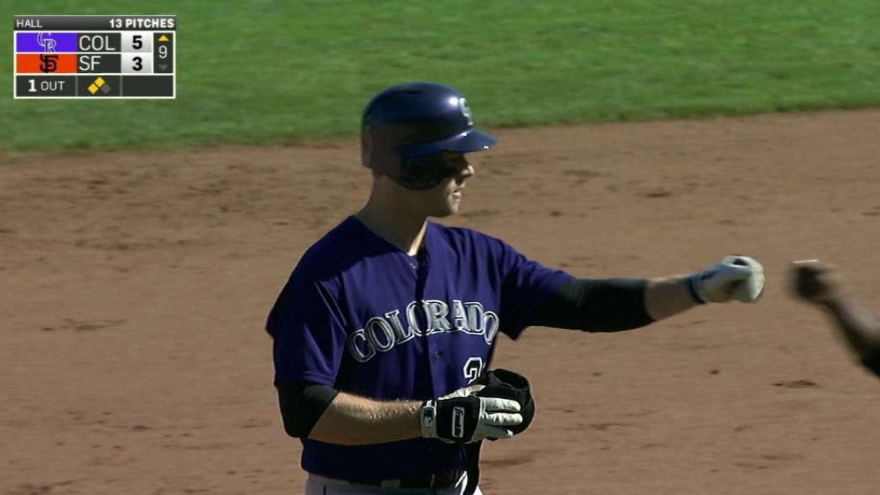 Morneau caps season with clutch hit in victory