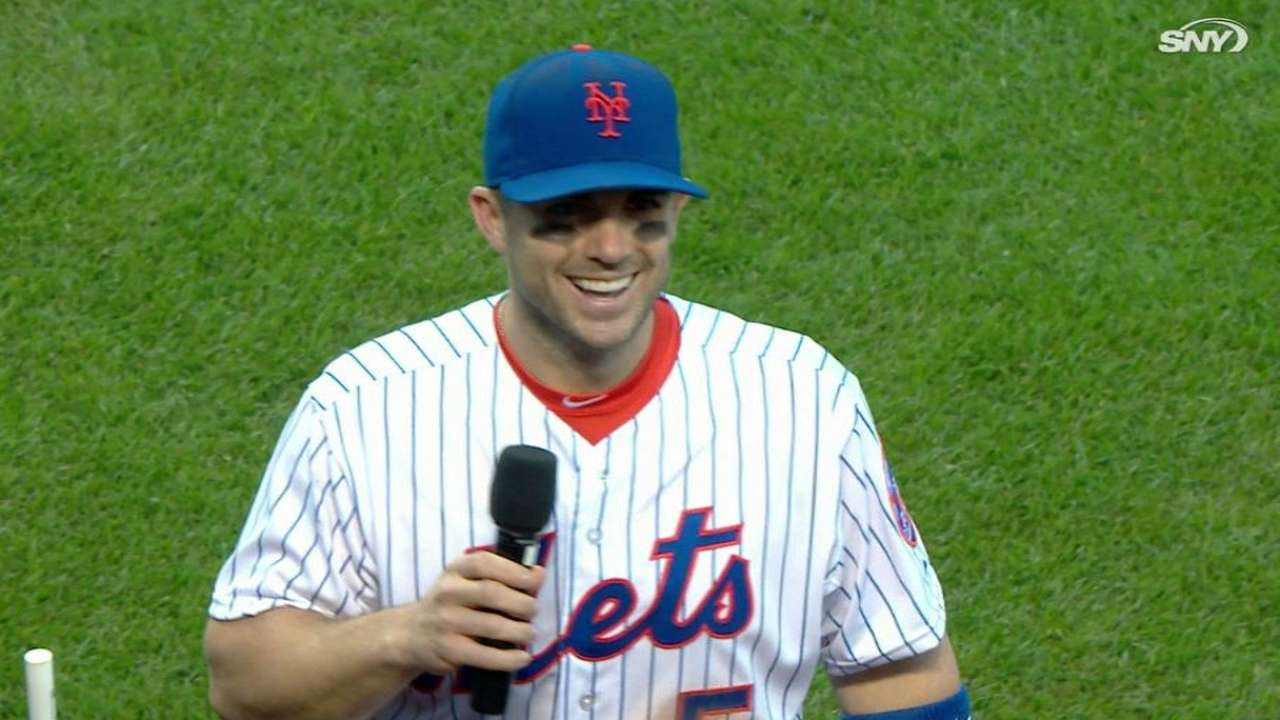 Wright thanks the fans