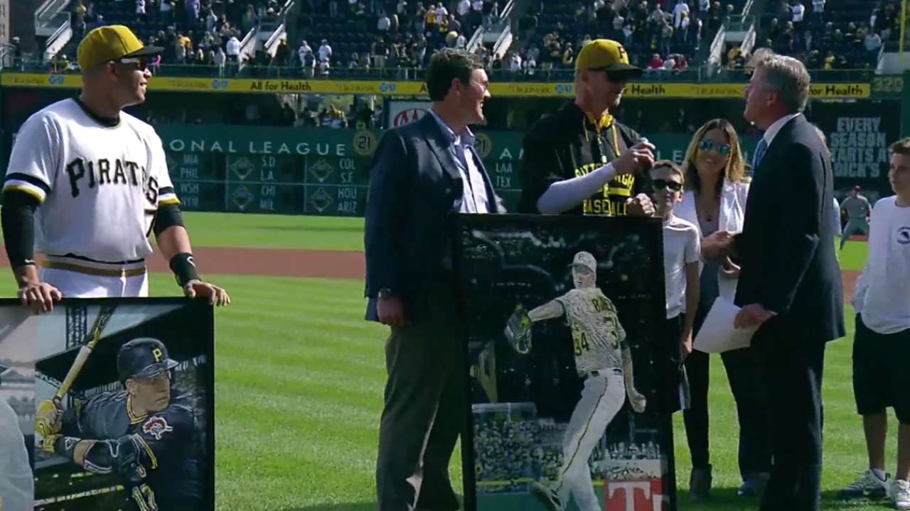 Pirates salute Burnett, Ramirez