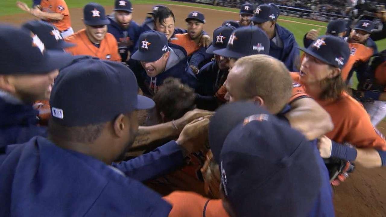 Astros win AL Wild Card Game