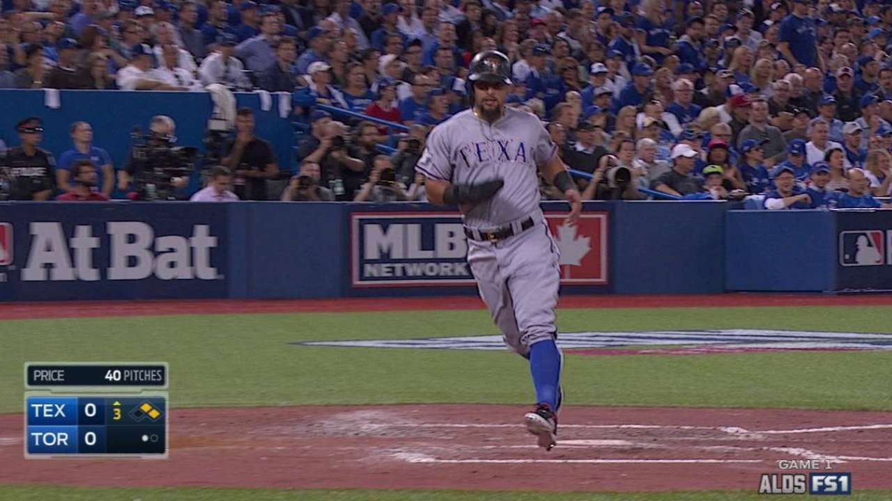 Blue Jays' pickoff hopes thwarted by hit