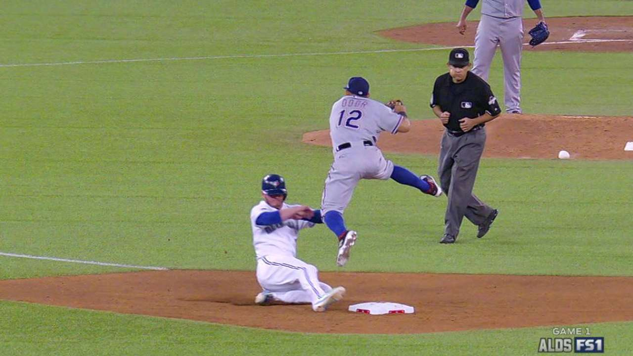 Donaldson, Bautista have injury scares